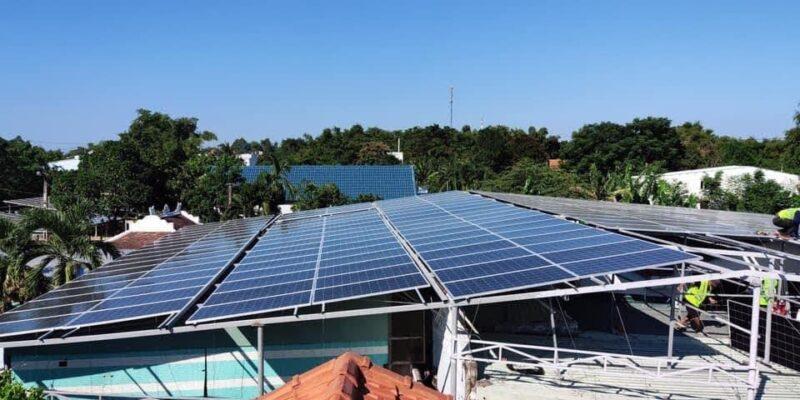 chi phí đầu tư cho một dự án điện mặt trời là bao nhiêu tiền.