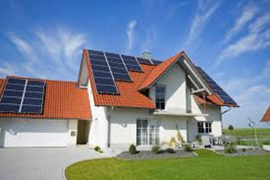 Đầu tư điện năng lượng mặt trời gia đình giá bao nhiêu là hợp lý?